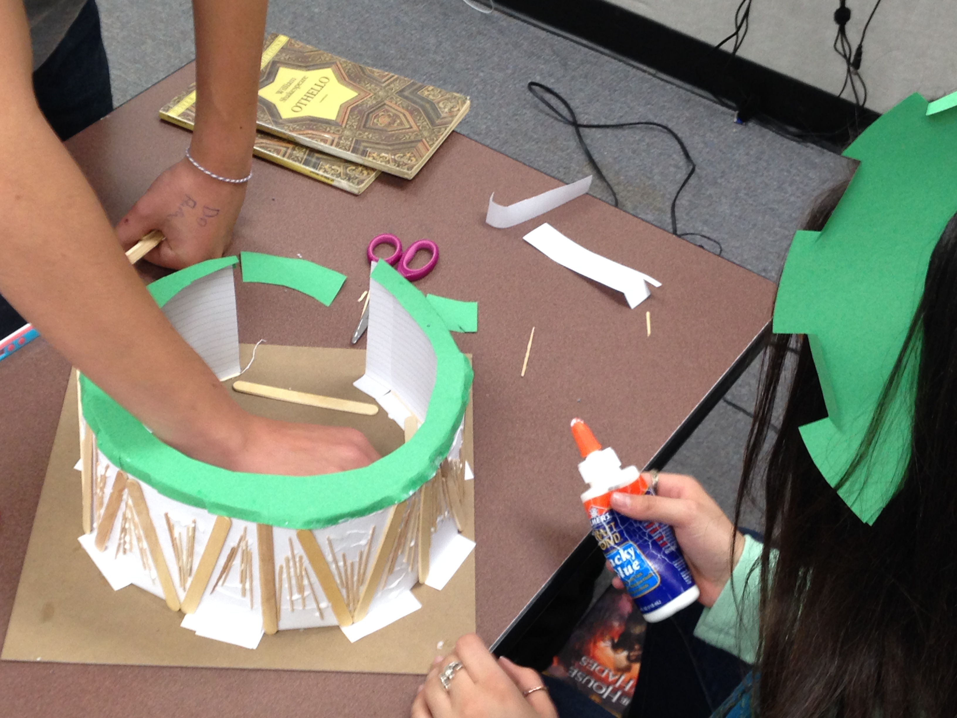 Maker Movement: Let Them Build it They'll Learn!